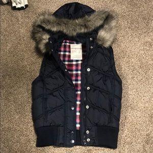 Aeropostale Puffer Vest Size Small